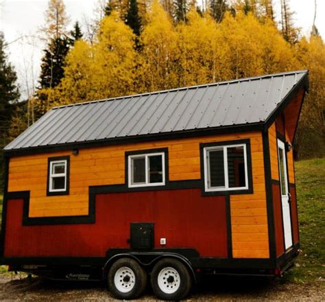 Hummingbird Micro Homes Aims To Help Families In B C Hummingbird Tiny Houses