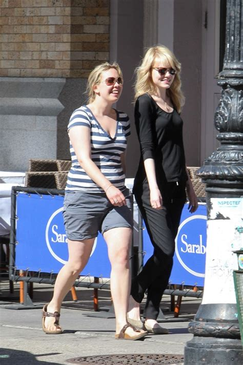 emma stone sister emma stone hangs out with andrew garfield s brother and