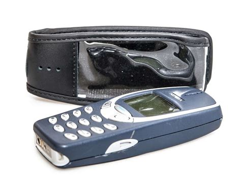 Casing Nokia 3315 3310 3330 nokia 3310 3330 leather with belt clip black