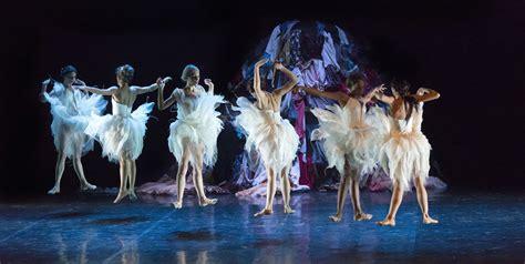 teatro persiani recanati al teatro persiani quot il lago dei cigni quot balletto di