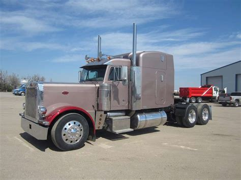 semi trucks for sale 2004 peterbilt 379exhd sleeper semi truck for sale