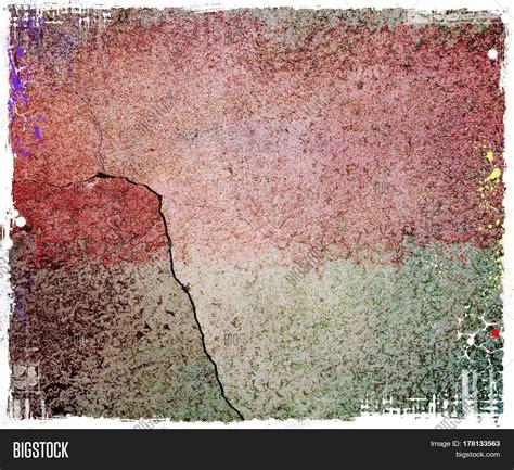 imagen y foto grunge cracked wall texture bigstock
