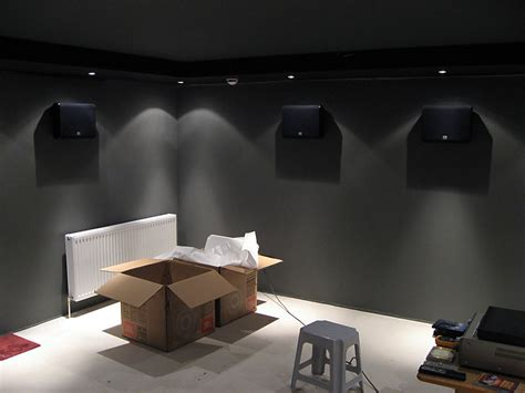 wohnzimmer in grau streichen
