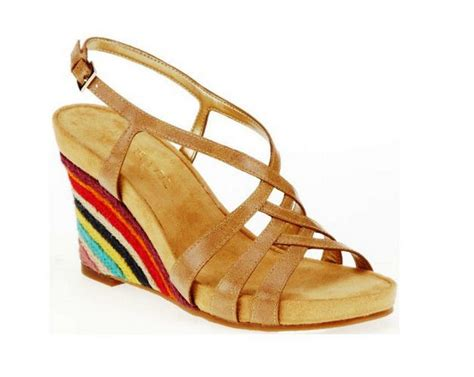 comfortable sandals for travel 25 best ideas about comfortable wedges on pinterest