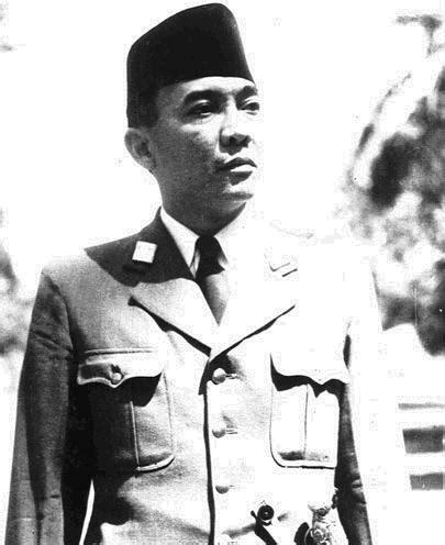 Marhaenisme Ideologi Perjuangan Soekarno bung karno sebagai bapak pemersatu bangsa indonesia lanjoetkan sodara