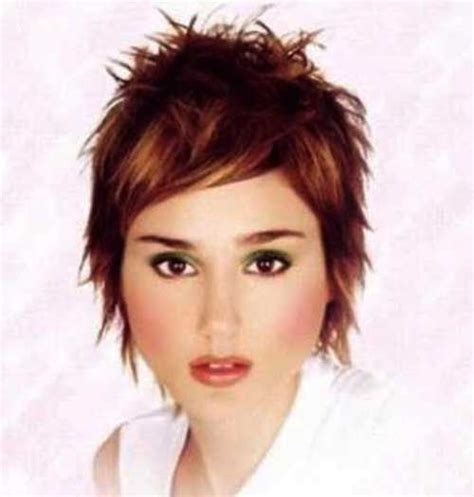 short spiked chopped 16 short spiky women hair jpg 500 215 525 gloria