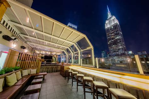 roof top bar strand local flavor top of the strand new york city marriott
