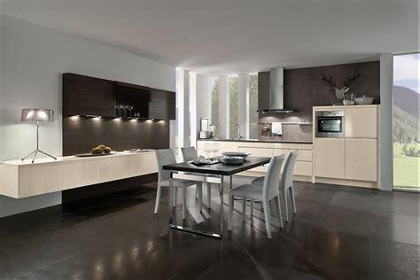 Küche Mit Grauer Arbeitsplatte > Jevelry.com