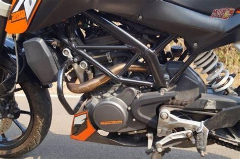 Engine For Ktm Duke 200 Benelli Tnt25 Vs Ktm Duke 200 Comparison Motoroctane