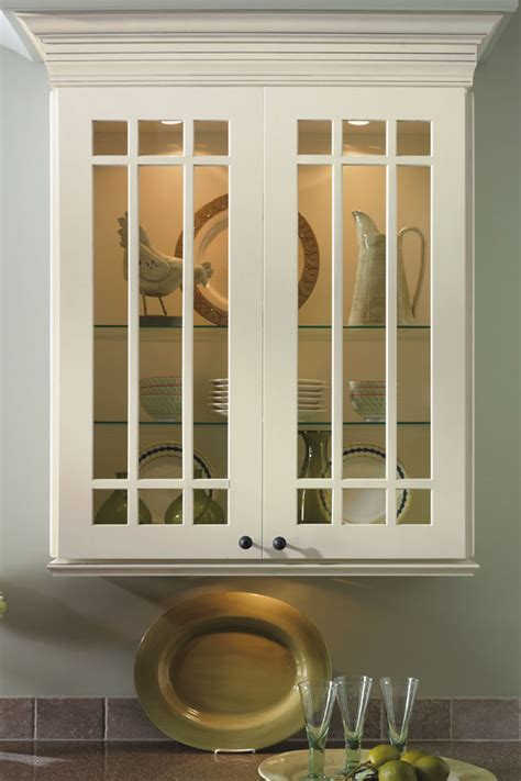 shaker mullion cabinet doors diamond cabinetry
