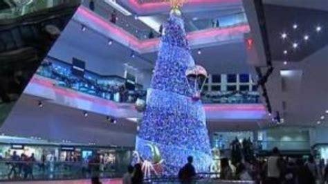 fiber optic christmas in divisoria mall largest fiber optic tree hong kong mall set world record