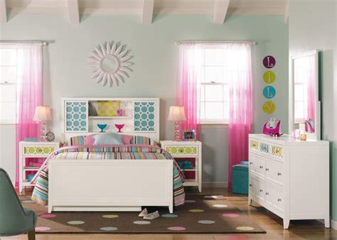 Rooms To Go Baby by Rooms To Go Baby Furniture Ideas Also White Bedroom Set