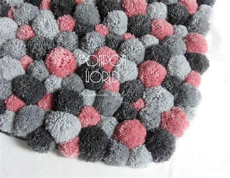 Fluffy Mini Pom Pom 1 25 b 228 sta id 233 erna om tapete de pompom p 229