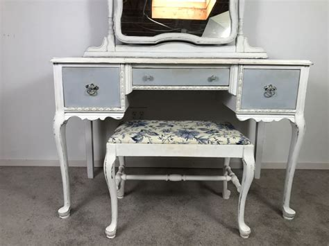 vintage shabby chic french provincial vanity desk mahogany and walnut by mount airy furniture co