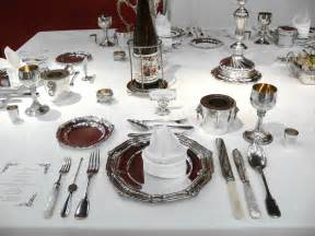 Cutlery Arrangement On Dining Table Of Civility Dinner Etiquette Formal Dining Gentleman S Gazette