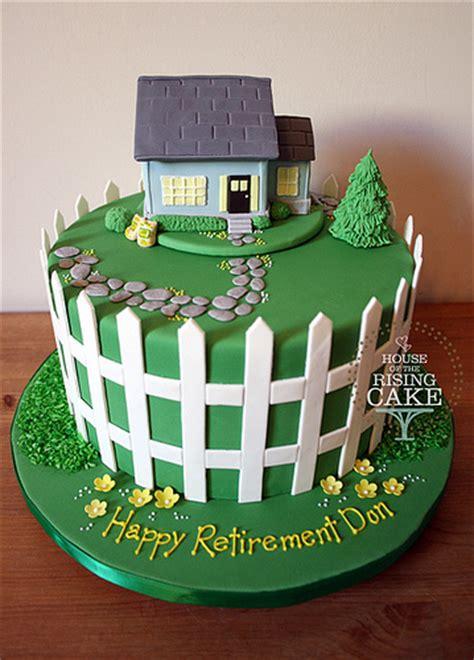 retirement cake the design has the logo