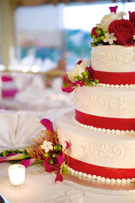 Hochzeitstorte Rot hochzeitstorte rot bildergalerie hochzeitsportal24