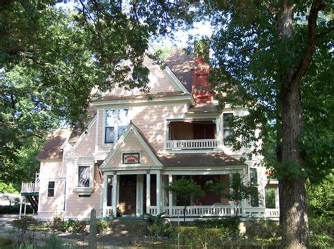bed and breakfast arkansas 1884 tinkerbelle s wildwood bed and breakfast hot springs