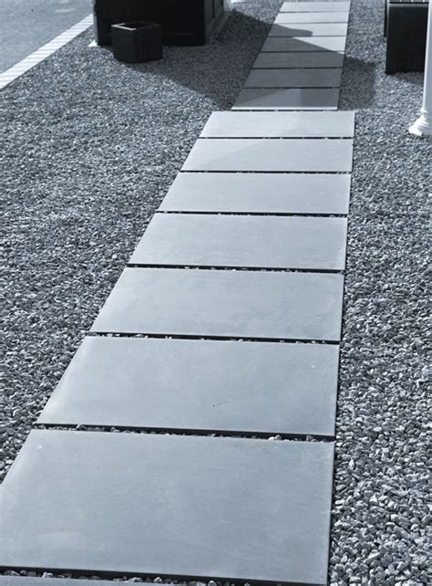 Beton Terrassenplatten Preise by Terrassenplatten Gro 223 Formatplatten Sichtbeton
