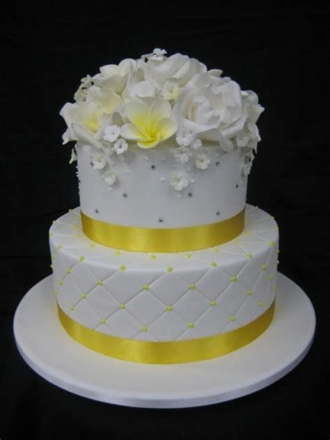 wedding cakes with flowers 796746 weddbook