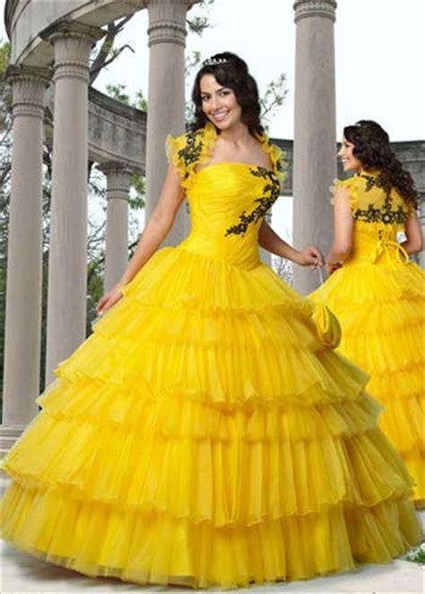 Imágenes de Vestidos para Damas de 15 Años