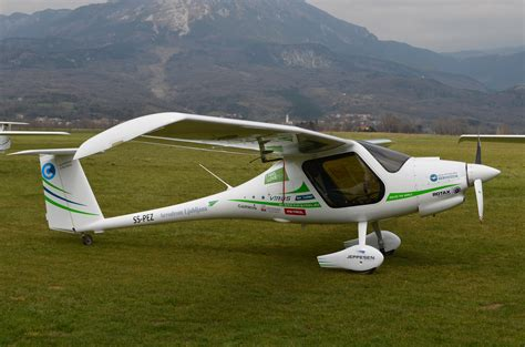 Ultra Light Plane by Ultralight Aviation