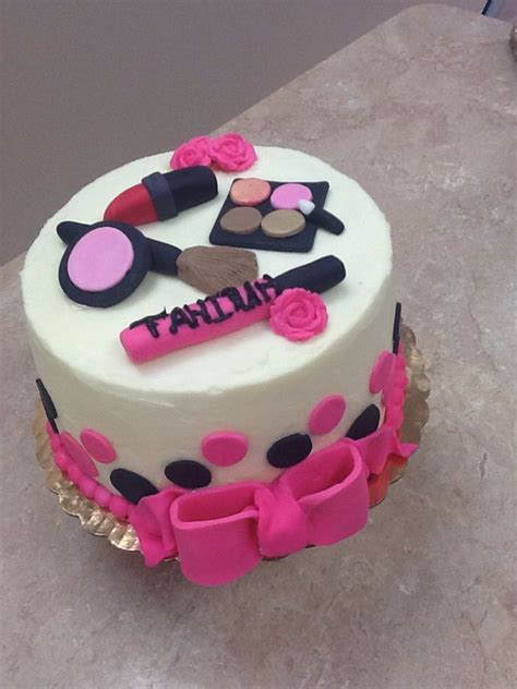 birthday themed makeup livay sweet shop spa theme cake makeup cake fondant cake