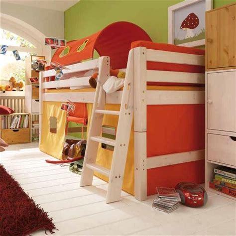 letti a in legno per bambini letto a ibbo arancione letti in legno massiccio