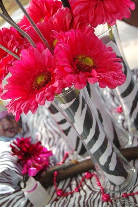 Zebra Centerpieces on Pinterest   Hello Kitty Centerpieces