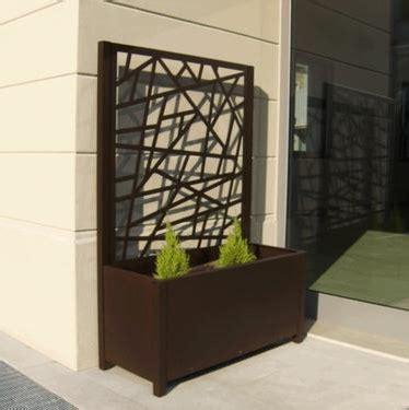 vasi e fioriere per terrazzi fioriere e grigliati da esterno in alluminio per giardini