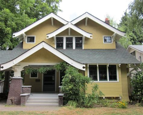 Sherwin Williams Moderate White laurelhurst 1912 craftsman exterior after reno hooked on