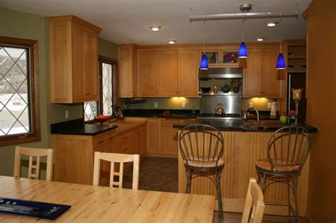 Soapstone Countertops Mn by Maple Cabinets And Soapstone Countertops Kitchen