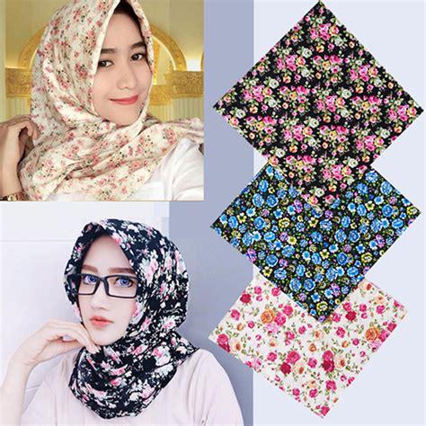Jilbab Segi Empat 2 Motif Bagaimana Menjadi Model Hairstylegalleries