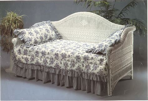 Chaise Daybed Victorian Wicker Daybed Wicker Paradise