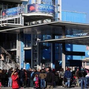 imposta di soggiorno roma turismo genova aumenta 50 l imposta di soggiorno