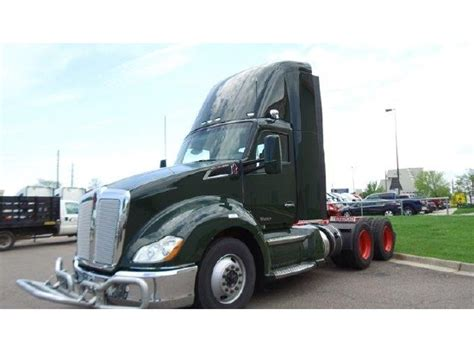 kenworth   sale  trucks  buysellsearch