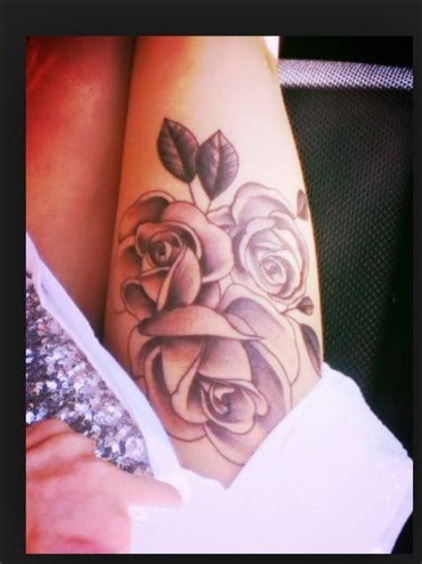 tattoo flower thigh flowers tattoo thigh tattoos pinterest i want thigh