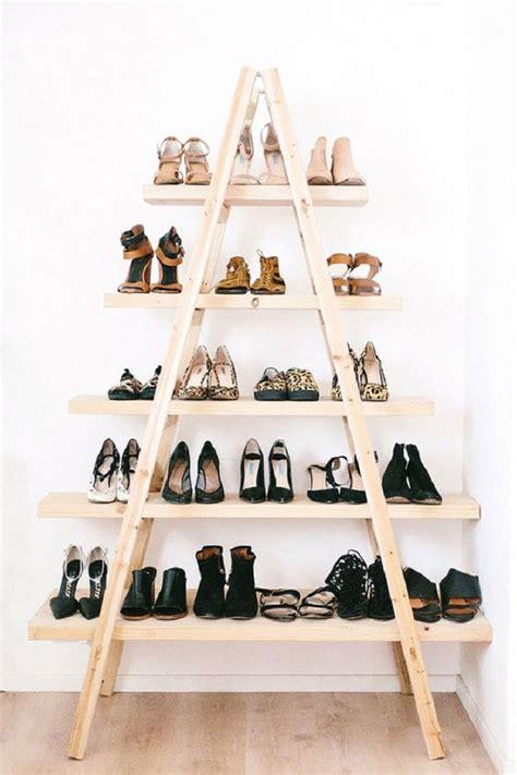 membuat rak sepatu di dinding desain rak sepatu unik kreasi tempat penyimpanan sepatu