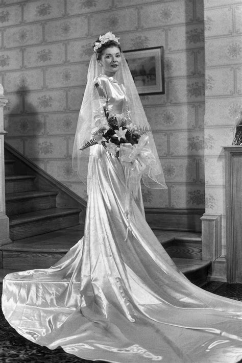 Histroy And Styles Of Wedding Dresses by Wedding Dress History Trends