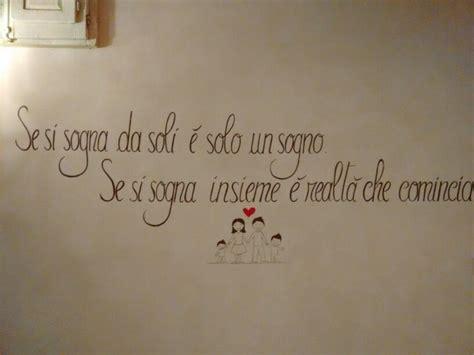 scritte per muri interni 16 best stickers murali frasi in italiano images on
