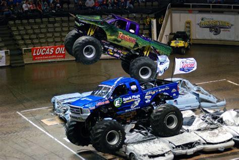 monster truck show milwaukee monster truck news monster jam news allmonster com