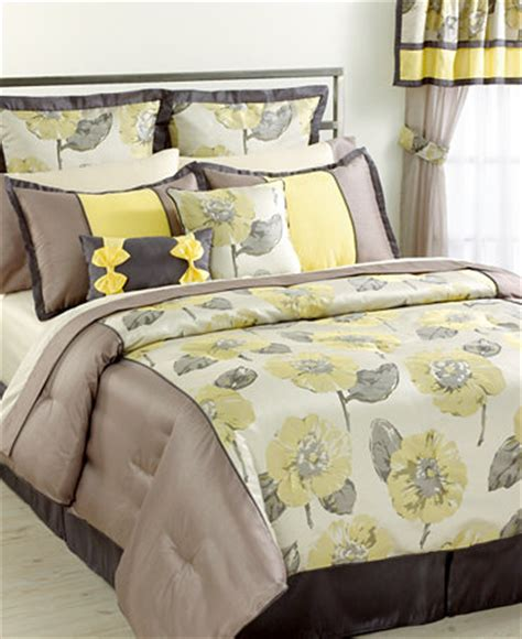 closeout peony 24 piece comforter sets bed in a bag