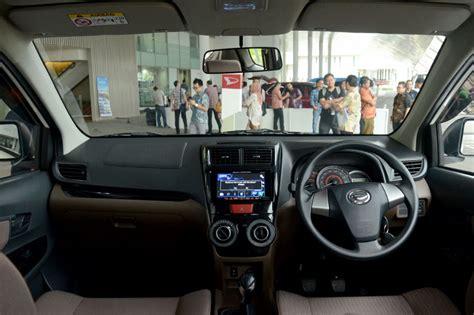Cover Unk Mobil Great New Xenia daihatsu xenia custom sudah bisa dipesan mobil otospirit