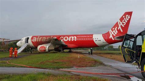 9m ahm airasia malaysia airbus a320 at chiang mai alert an airasia a320 skidded off the runway at subang