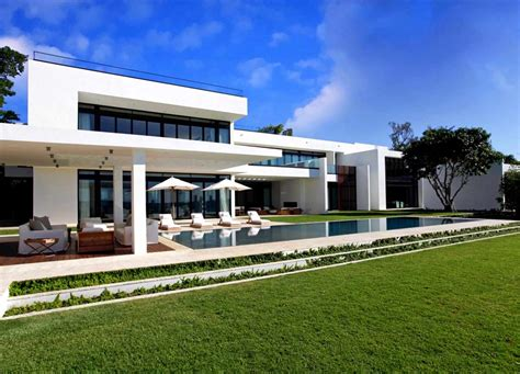 home design miami stunning waterfront modern masterpiece by ralph choeff in