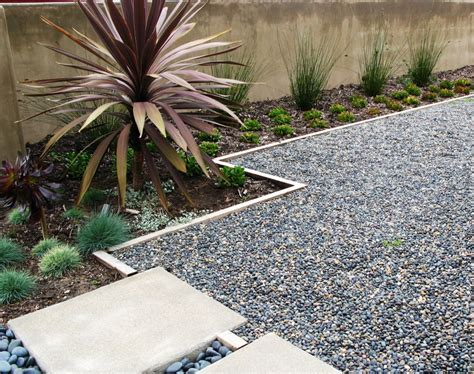 gravel for landscaping gravel types for a rockin landscape