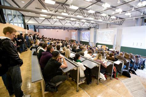 Bewerbung Hochschule Der Medien Stuttgart Die Hdm L 228 Dt Sch 252 Ler Zum Informationstag Ein Hochschule