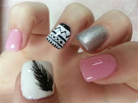 nails with pattern feathers nails aztec nails tribal pattern nails aztecs