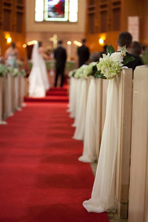 DIY pew bows   Wedding Flowers   Pinterest