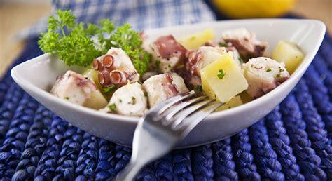 cucinare polpo con patate insalata di polpo e patate ricette melarossa